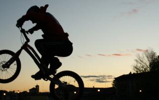 city riding parma