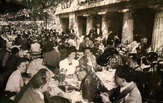 Italiani-a-tavola-giardino